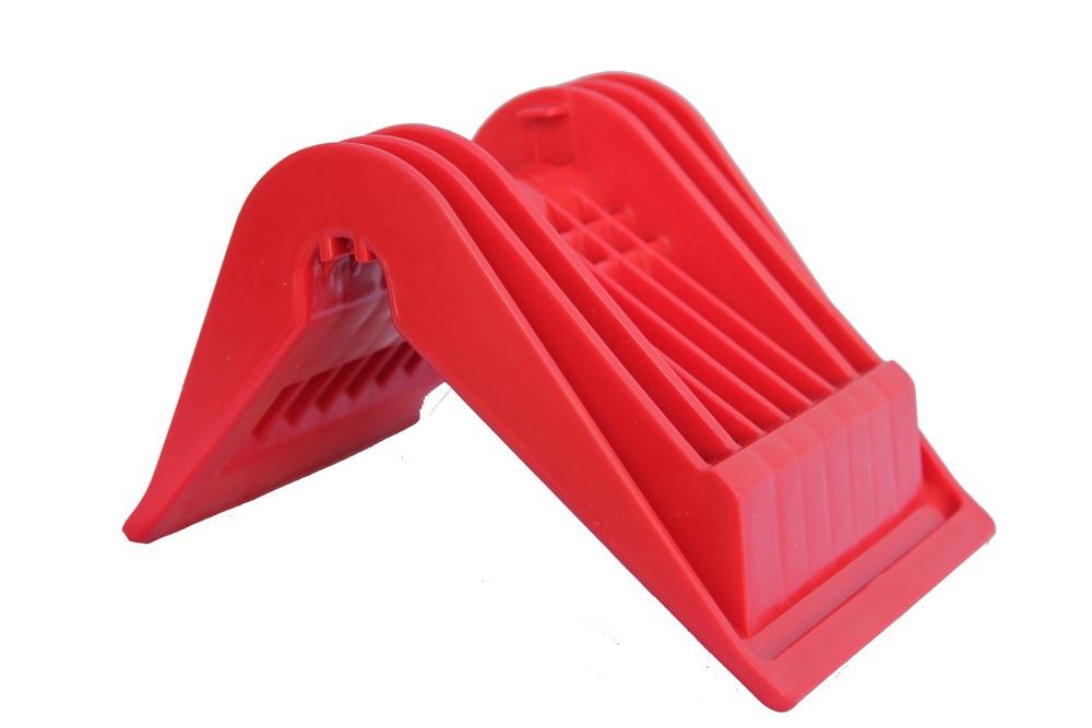 Уголок защитный пластиковый